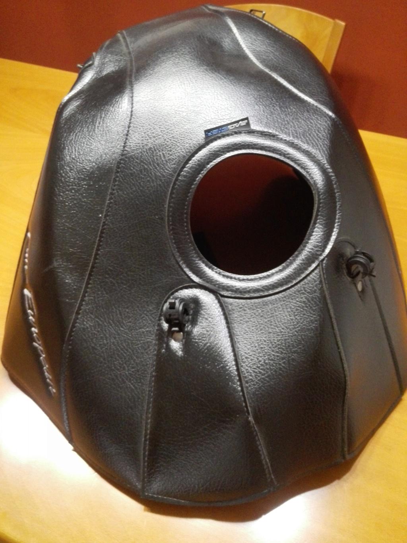 Vendo funda cubredeposito BAGSTER negra Img_2020