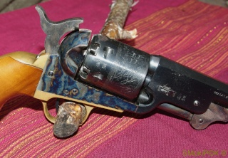 Remington  New Army 1858 / Colt 1851 NAVY Coltna10