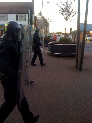 Uk Riots (Photos) 7_bmp10