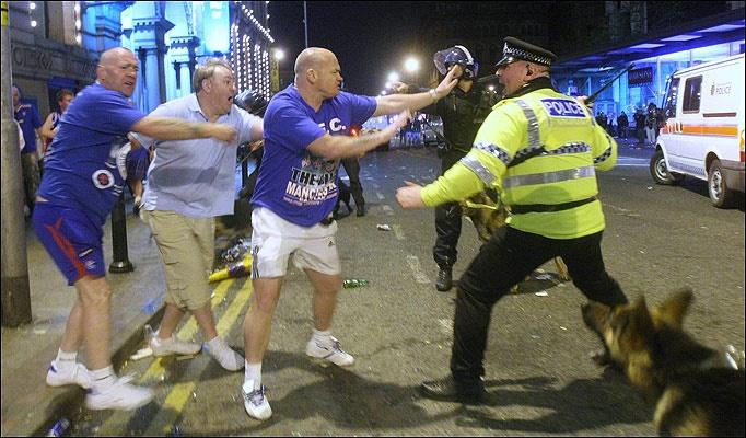 Uk Riots (Photos) Untitl11