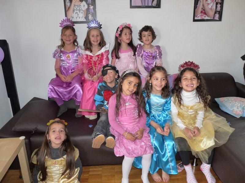 Robe de princesse - Page 5 P1200311