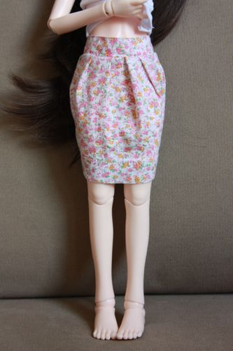 Les coutures d'Aile*- Jupe MSD et robe Pullip bas p.1-13/06 Img_5310