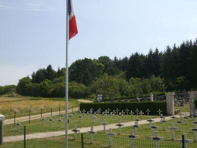 A la découverte des mémoriaux et cimetières militaires - Page 3 55-42710
