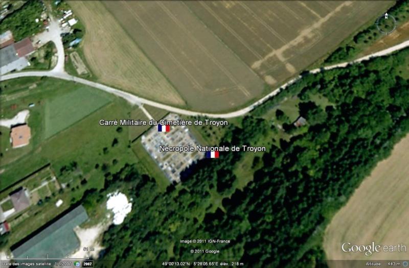 A la découverte des mémoriaux et cimetières militaires - Page 3 Cimeti12