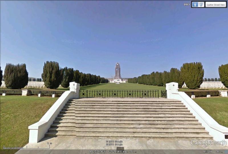 A la découverte des mémoriaux et cimetières militaires Douaum11