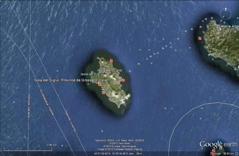 L'épave du Costa-Concordia. Un paquebot géant s'échoue en Italie Isola_10