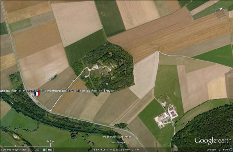 A la découverte des mémoriaux et cimetières militaires - Page 3 Le_for10