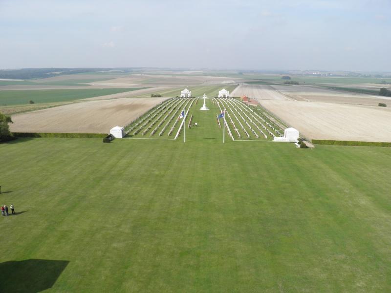 A la découverte des mémoriaux et cimetières militaires P9040117