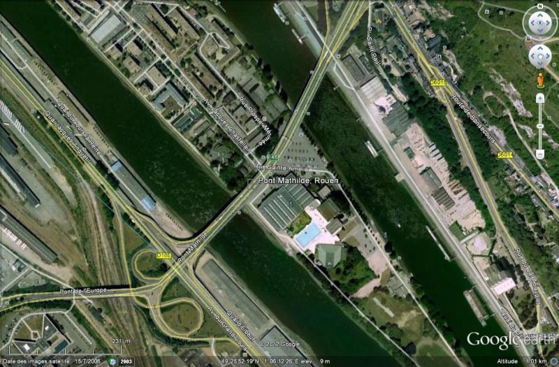 Rouen : un camion-citerne plein de carburant en feu sur le pont Mathilde Pont_m10
