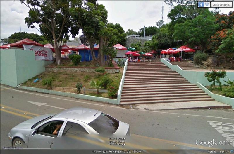 [Mexique] - L'Estadio Guelaguetza Auditorium, lieu des fêtes améridiennes à Oaxaca Streer10