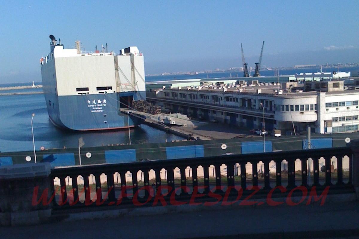 تأكيد صفقات جزائرية أس 300 + فرقاطات صينية !!!!! - صفحة 3 Img07713