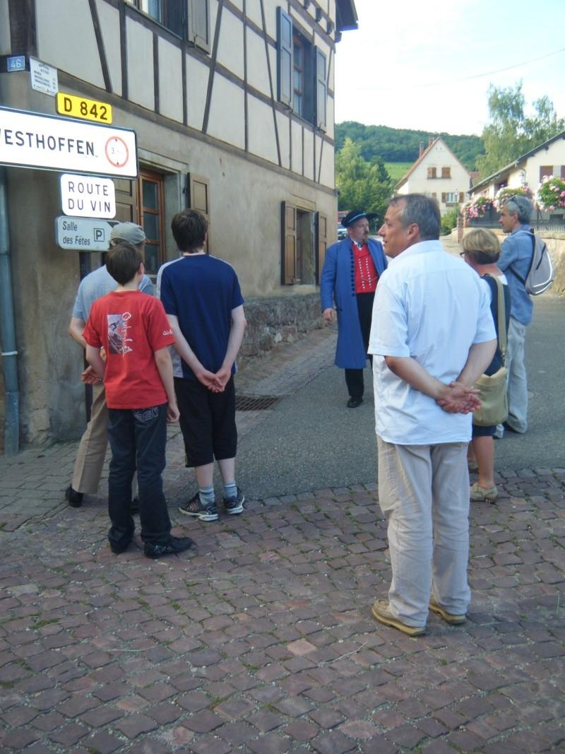 Visite accompagnée du village tous les mercredis soirs des mois de juillet et août 2011 avec le Cercle d'Histoire(s) de Wangen Dscf6510