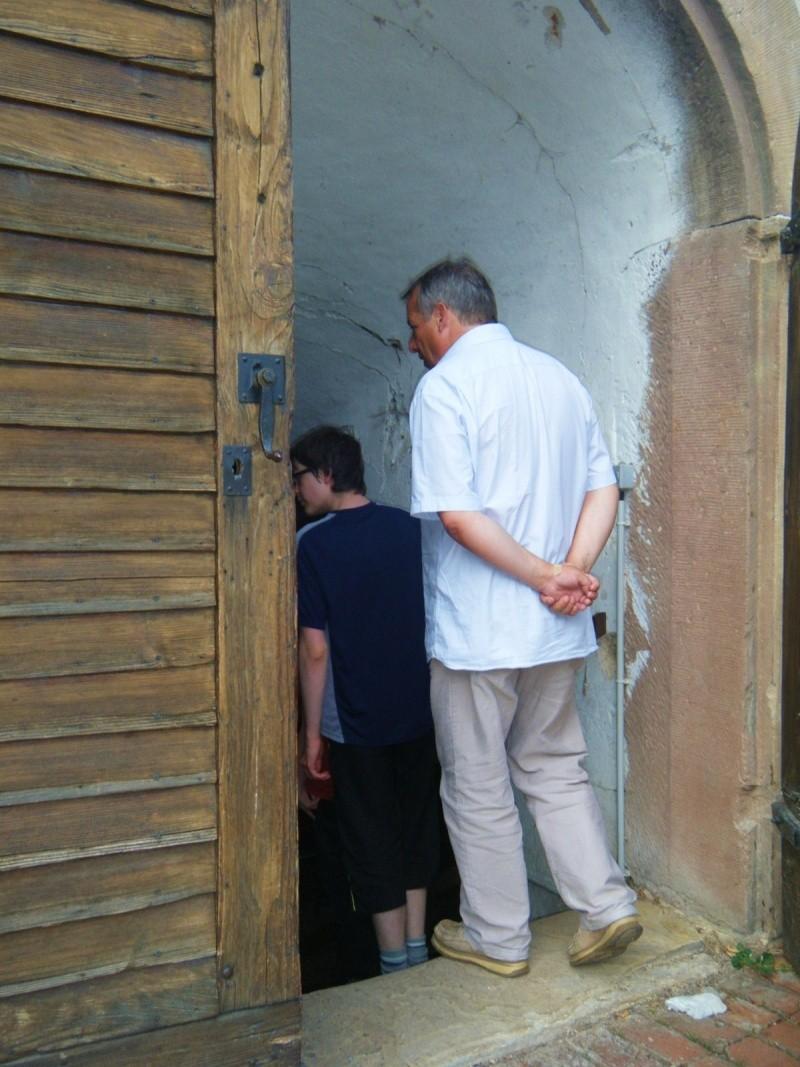 Visite accompagnée du village tous les mercredis soirs des mois de juillet et août 2011 avec le Cercle d'Histoire(s) de Wangen Dscf6516