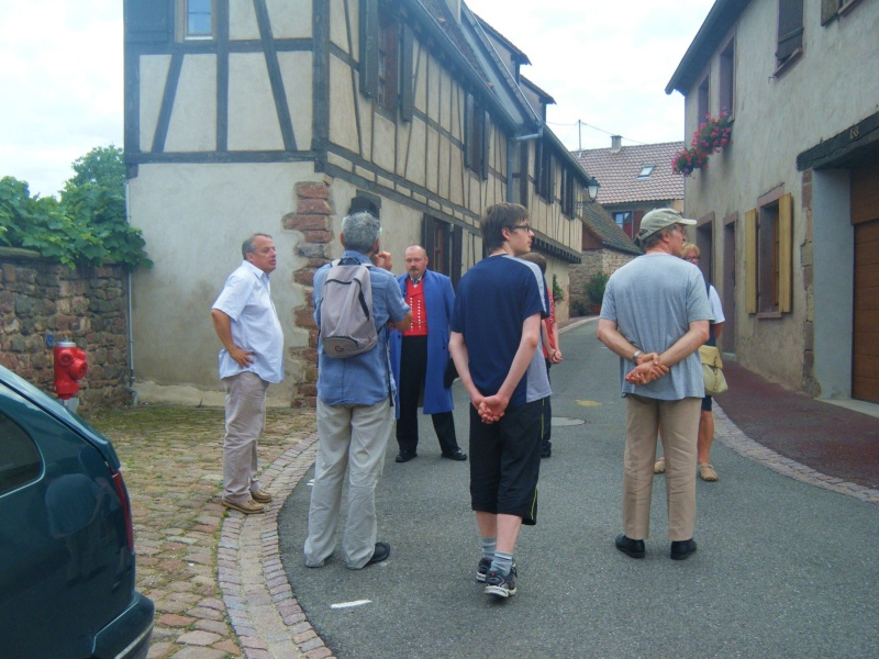 Visite accompagnée du village tous les mercredis soirs des mois de juillet et août 2011 avec le Cercle d'Histoire(s) de Wangen Dscf6524