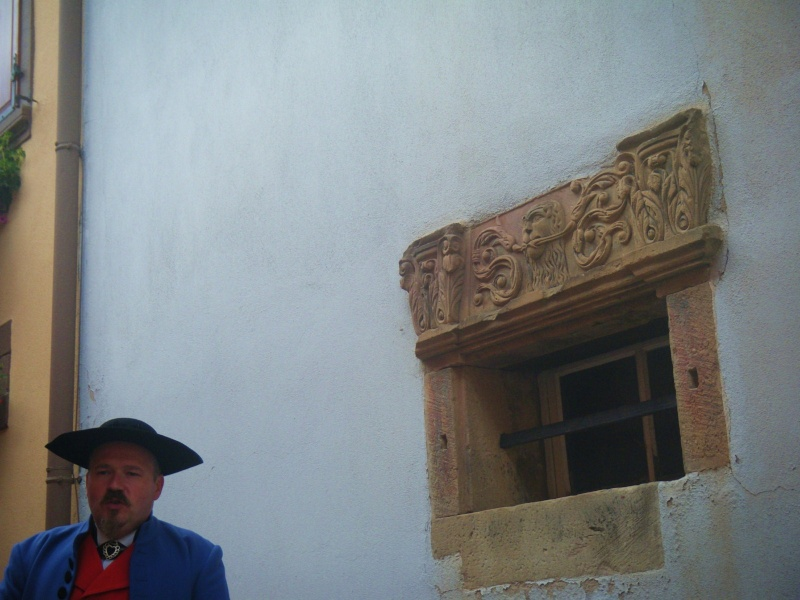 Visite accompagnée du village tous les mercredis soirs des mois de juillet et août 2011 avec le Cercle d'Histoire(s) de Wangen Dscf6534