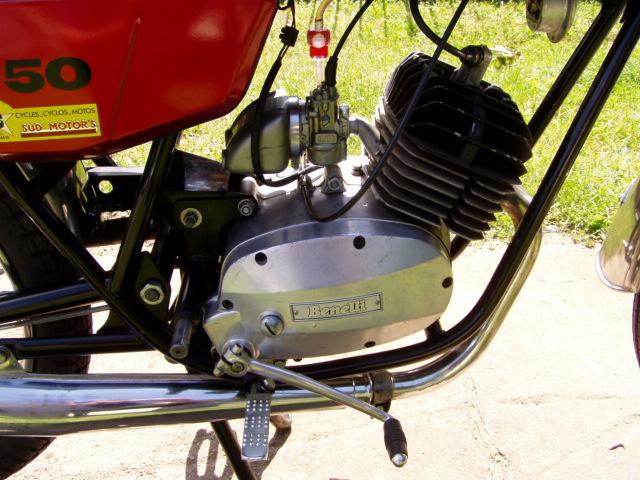 Benelli 50 cross P1010093