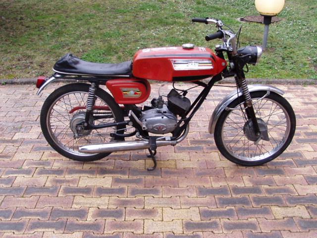 Et hop, une Négrini visiblement de 1969..... P1010172