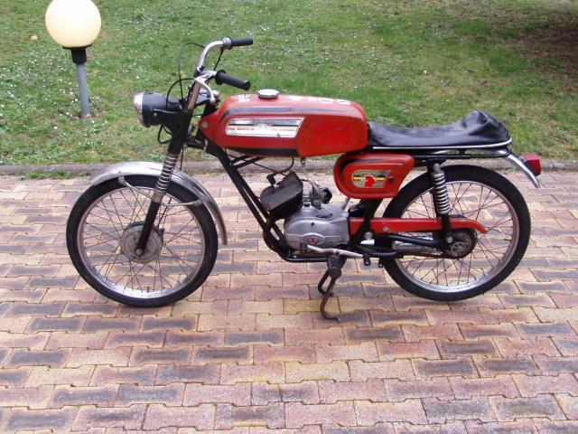 Et hop, une Négrini visiblement de 1969..... P1010173