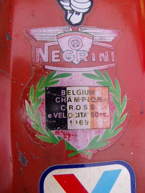 Et hop, une Négrini visiblement de 1969..... P1010177