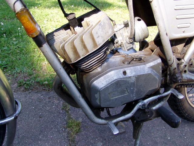 Et hop, une Testi Italienne 1975 frein à disque. P1010231