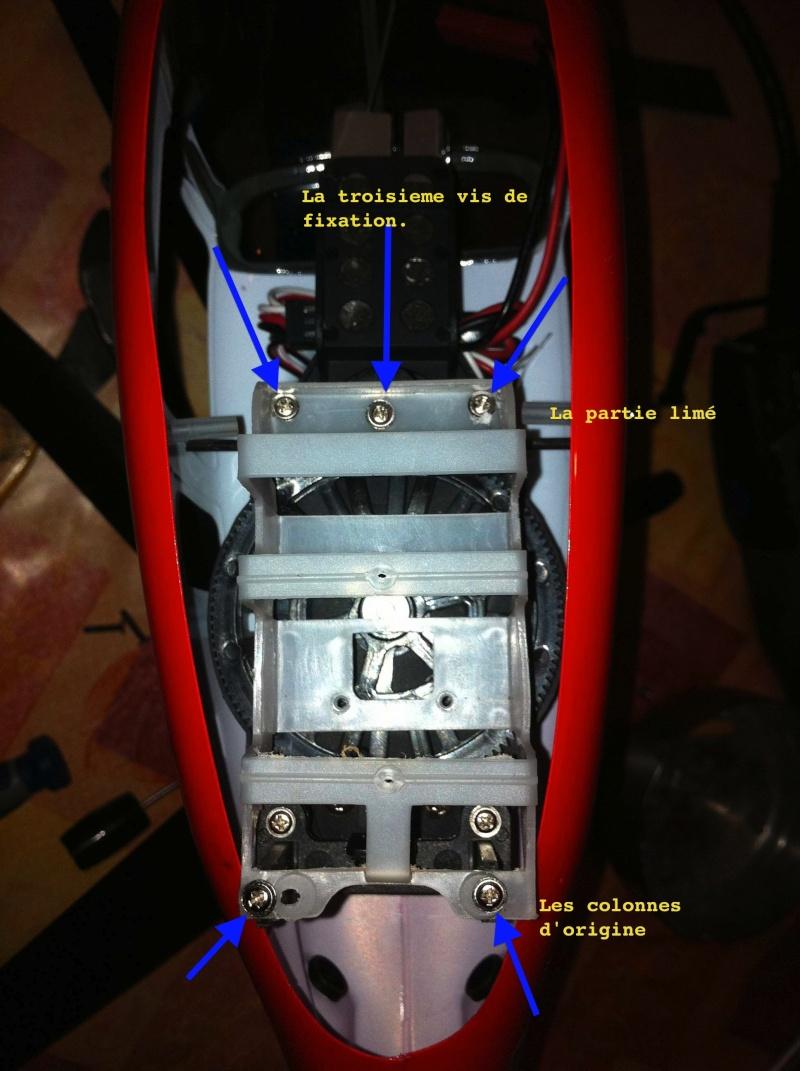 Modification du support de batterie et du train d'attérissage Img0611