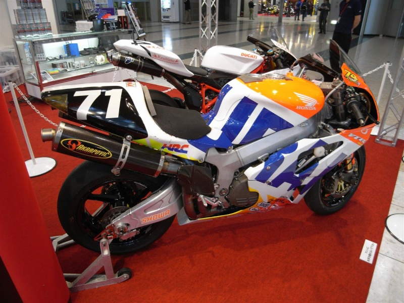Honda 1000 VTR  SP1 / SP2 (RC51) - Page 5 2008to10