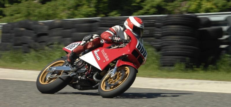 Ducati Deux soupapes - Page 6 F1duc10