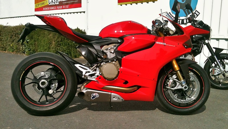 ducati 1199 Panigale ( Topic N°2 ) - Page 6 Img_2619