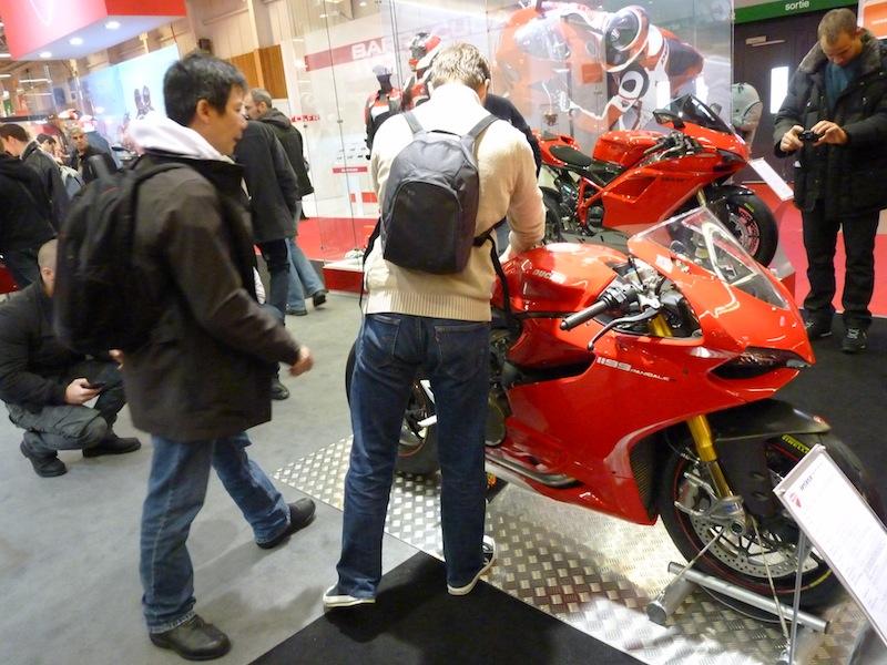 Salon de la Moto : Paris 2011... - Page 2 P1050514