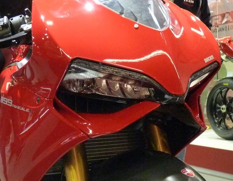 Salon de la Moto : Paris 2011... - Page 2 P1050521