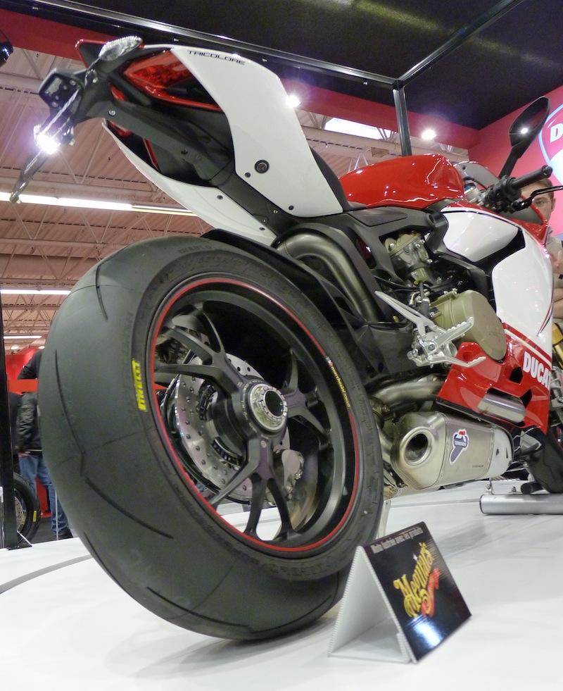 Salon de la Moto : Paris 2011... - Page 2 P1050524