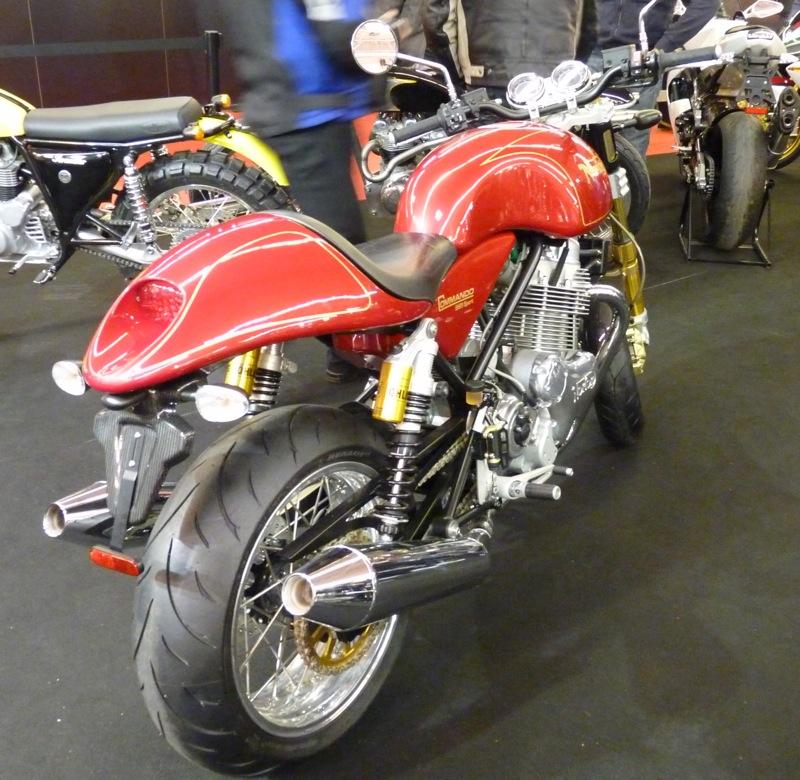 Salon de la Moto : Paris 2011... - Page 2 P1050616