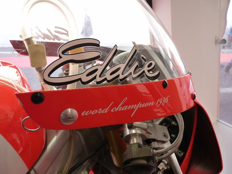 Salon de la Moto : Paris 2011... - Page 2 P1050713