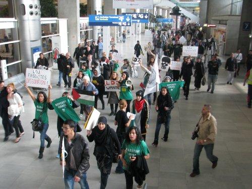 Manifestation à Roissy contre la LDJ Ldj_ae10