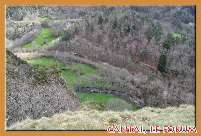 Les habitats préhistoriques de Cuze (Neussargues Moissac) Dsc_0511