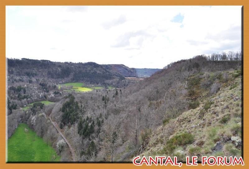 Les habitats préhistoriques de Cuze (Neussargues Moissac) Dsc_0512
