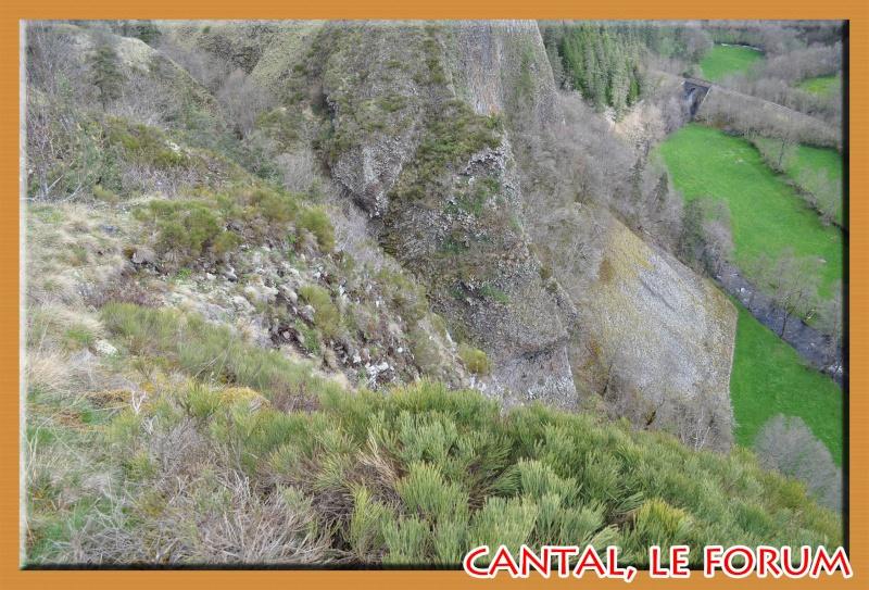 Les habitats préhistoriques de Cuze (Neussargues Moissac) Dsc_0515
