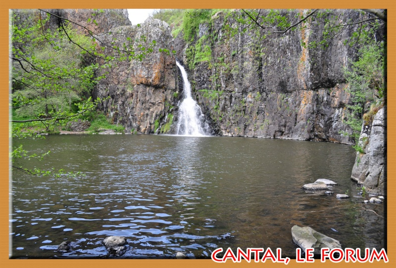 Le chateau du Sailhant et sa cascade Dsc_0717