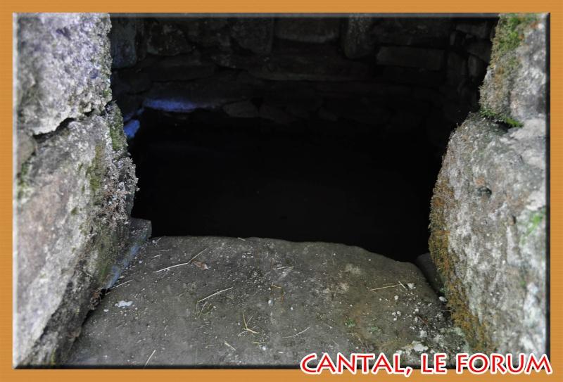Les fontaines miraculeuses dans le Cantal Dsc_4411