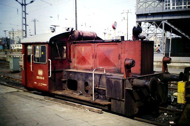 Kleindiesellok Köf II - DB-Baureihe 322-324 - DR BR 100 / 310 4_323_10