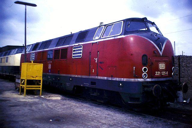 Baureihe 221 / V200.1 der DB 918