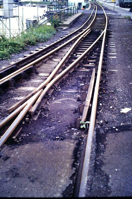 Die Brohltalbahn - Ein Besuch im Sommer 1987 und am 25.04.2019 erneut 9a_bro10