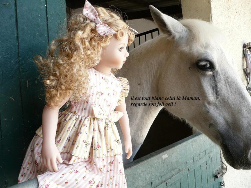 SARAH  (poupée Maru & Friends)va à  l'Ecole d'Equitation (page 2) - Page 2 P1080145