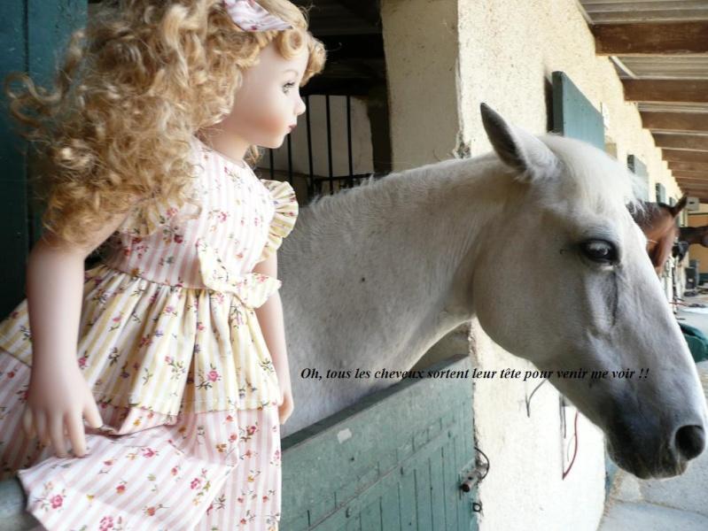SARAH  (poupée Maru & Friends)va à  l'Ecole d'Equitation (page 2) - Page 2 P1080146