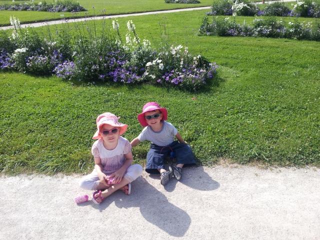 pas le mien mais minois de mes enfants :) 20120711