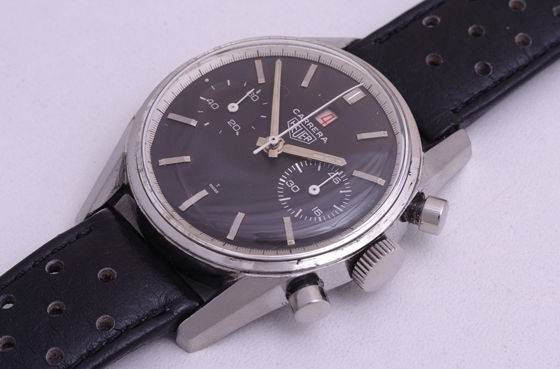 Heuer Carrera Dato 45 réf.3147 Later >>> 33carr10