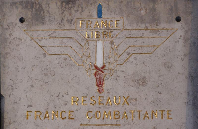 [Histoires et Histoire] Monuments aux morts originaux Français Tome 1 - Page 6 Dsc08221