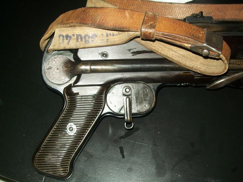 Couvres bouche,protèges guidon & bouchons de tir à blanc - Page 3 Mp40_w10