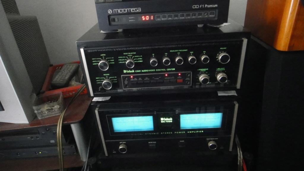 McIntosh C34V preamplifier & MC7200 power amplifier Dsc06533