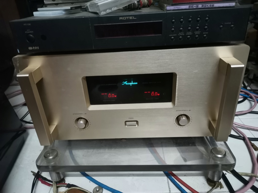Accuphase A50 power amplifier Img_2118